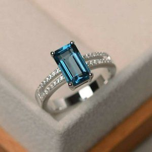 New 925 Silver Emerald Aquamarine Ring